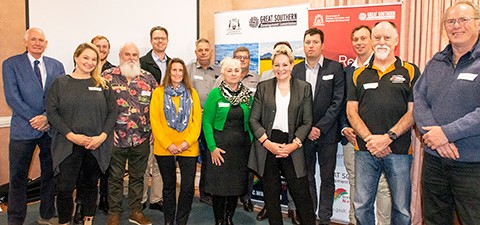 Group of grant recipients with Minister for Regional Development